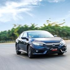Honda Civic 1.5 Turbo 2017 Lập Kỷ Lục Doanh Số Bán Xe Số 1 Việt Nam