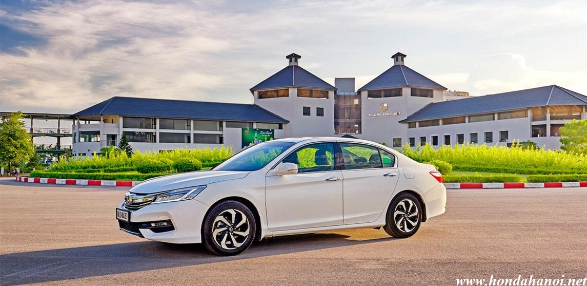 honda-Accord-2018-mau-trang-model-2019